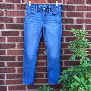 American Eagle Jegging Ankle Stretch Jeans size 6